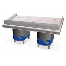 Fish counter. 291,2 x 95 x 104.5 cm. with support