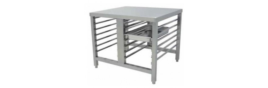 Tables support oven